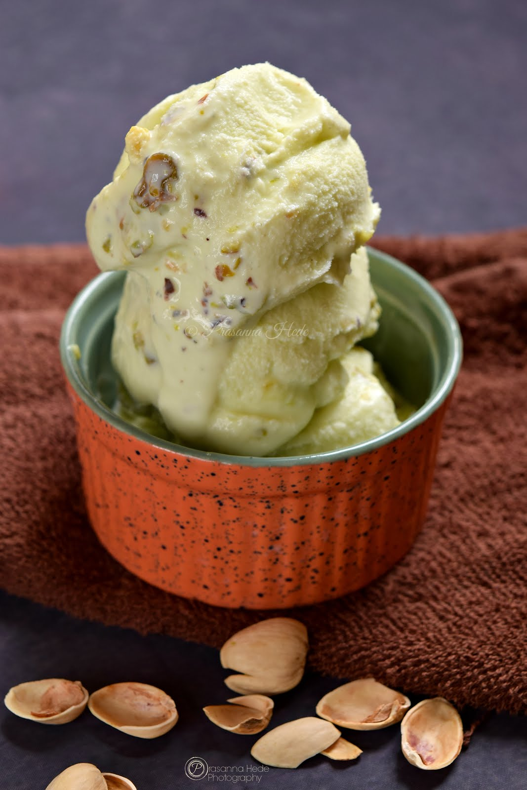 Pistachio Pista Kulfi Icecream eggfree no-churn