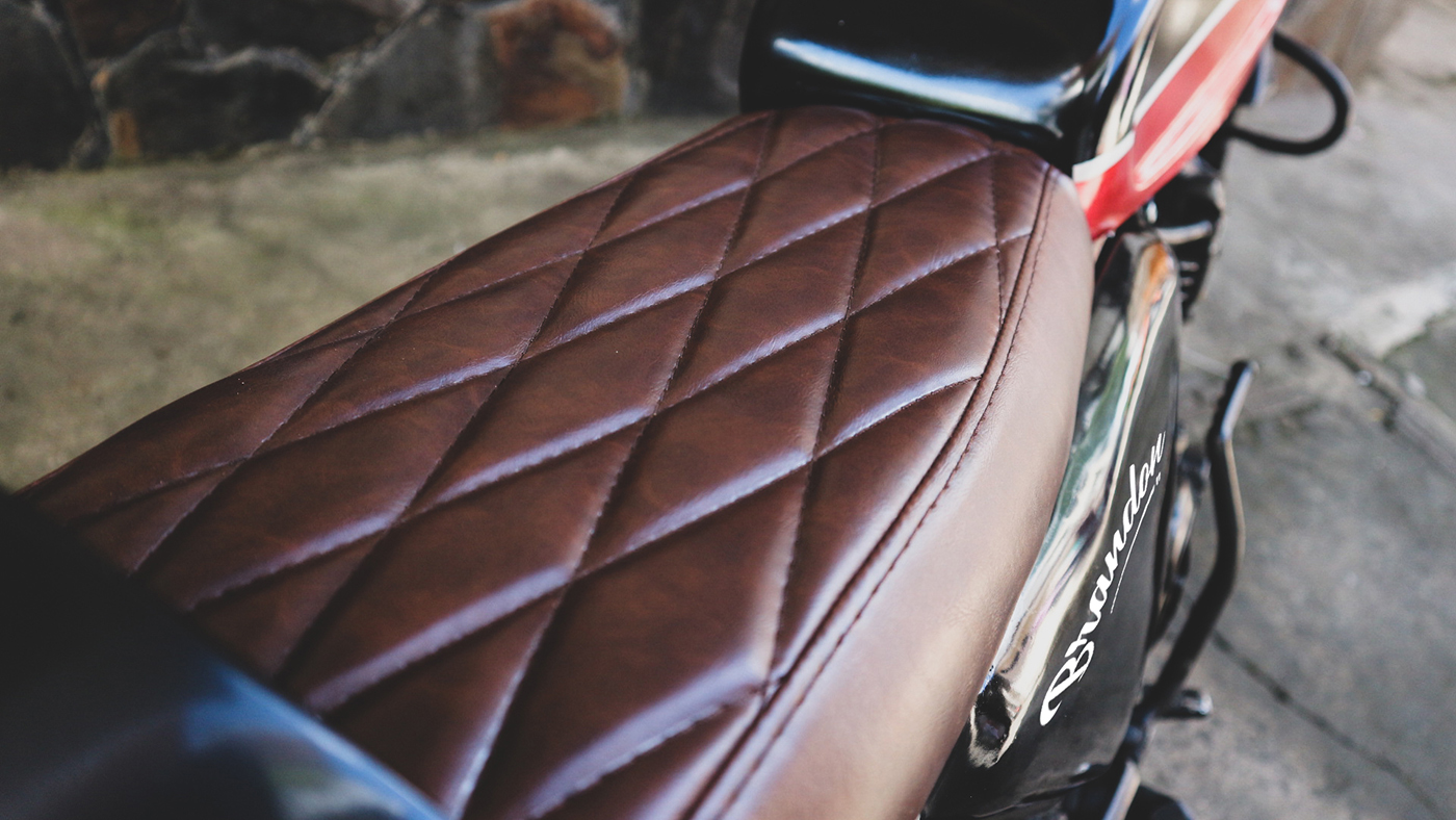 Jok Cafe Racer Yamaha Scorpio