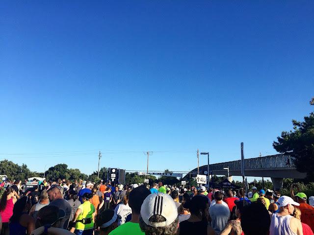 Davis Moonlight Run Half Marathon start line