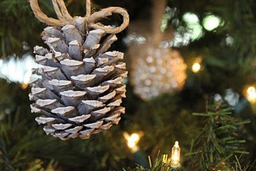 Χριστουγεννιάτικες ιδέες διακόσμησης με κουκουνάρια