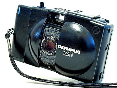 Olympus XA1