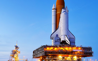 Discovery Space Shuttle on Lunch Pad HD Wallpaper