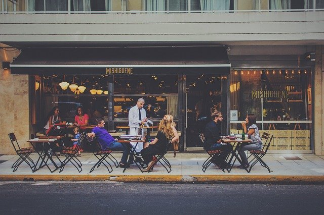 Customer Engagement and How Social Media Helps Businesses With it?