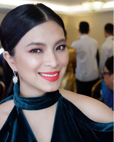 This Will Show You How Much Angel Locsin Loves Her Fans!