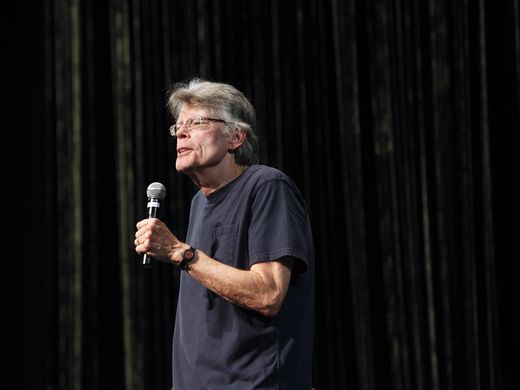 Stephen king only sleeping beauties uscir nel 2017 for King fish louisville
