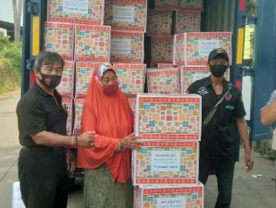 PT Monaspadma Sejahtera Bagikan 100 Paket Baksos Menjelang Idul Fitri 2021