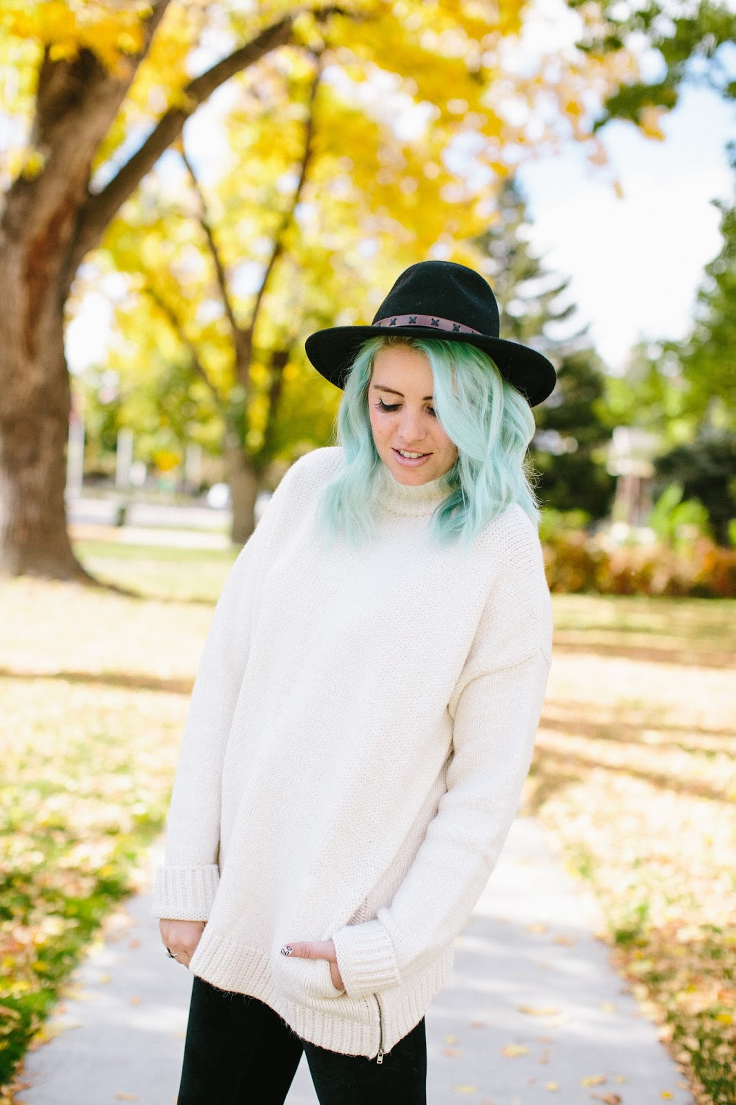 Sweater weather, Utah Fashion Blogger