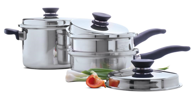 Amway India enters into consumer durables segment with the launch of Amway Queen, a premium cookware range