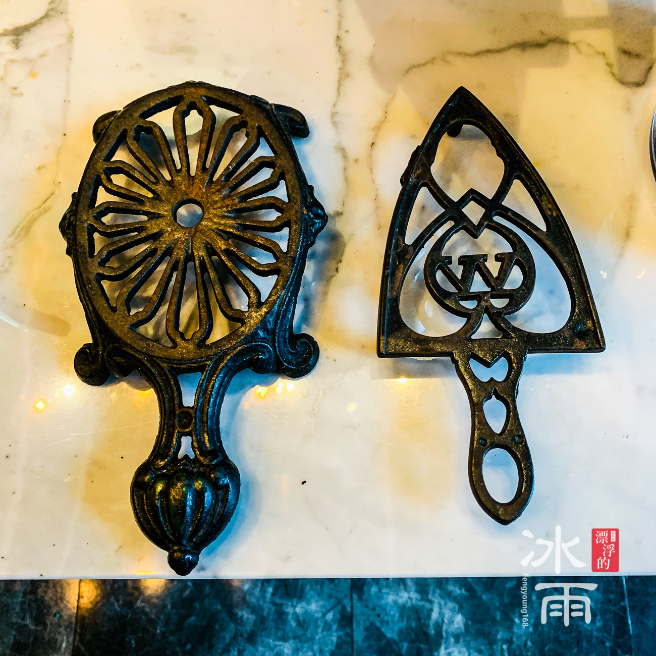 帕鉑舍旅 高雄住宿推薦 餐廳這個有公用的小東西,竟也可以拿來擺飾