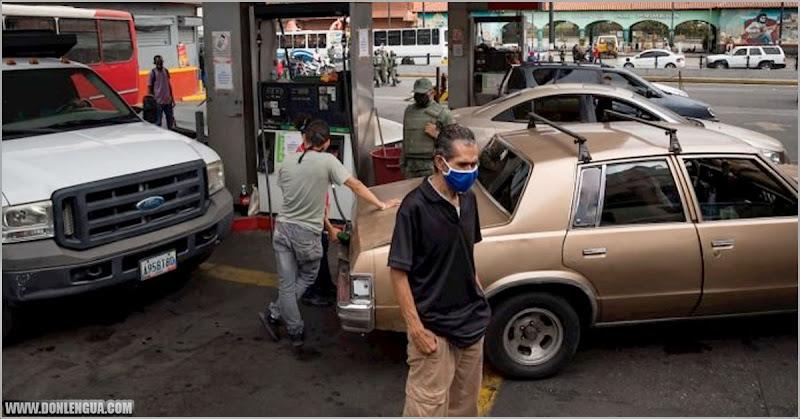 Asesinan a un hombre en cola para la gasolina pero nadie se movió de la fila