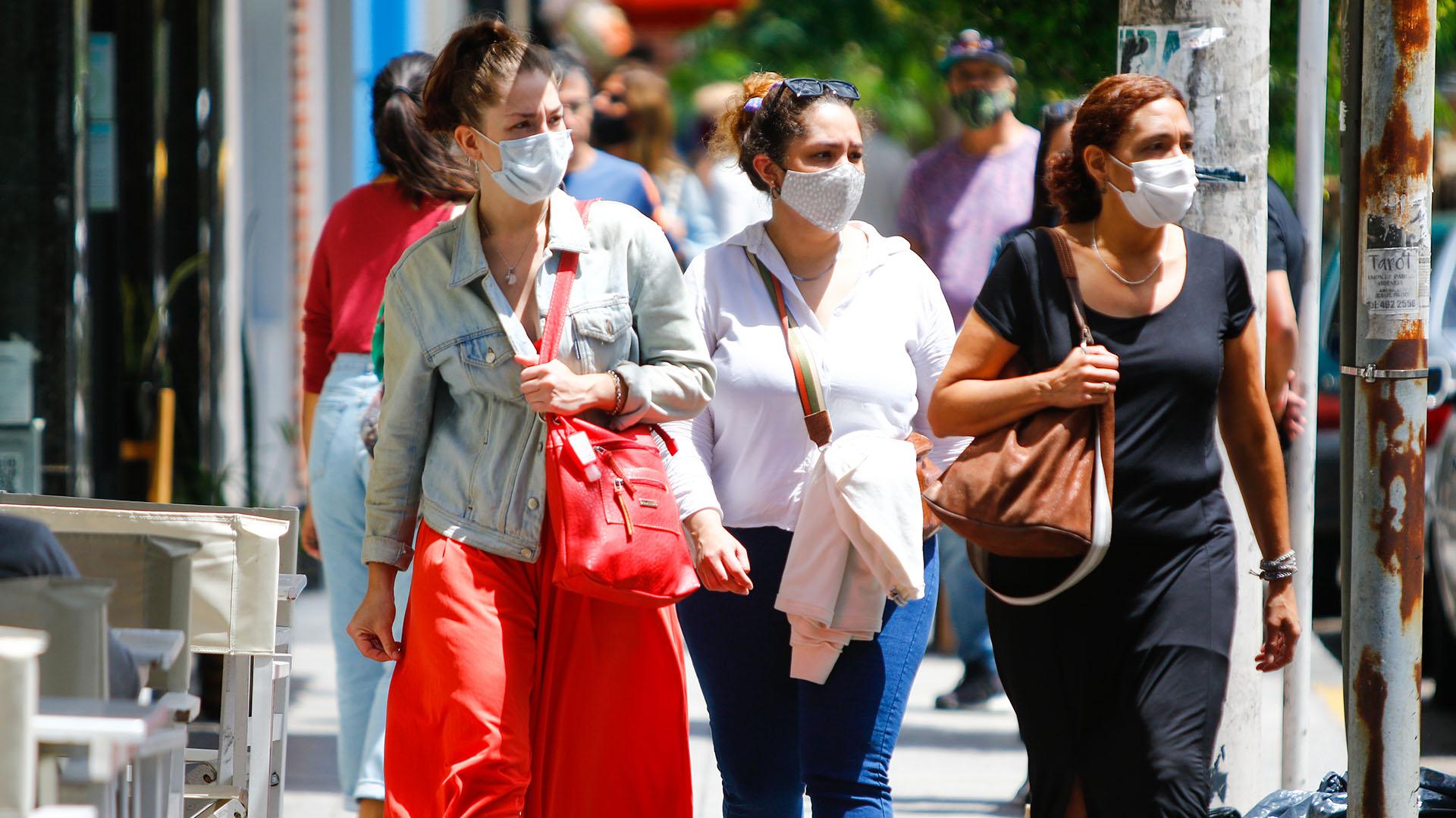 Coronavirus en Argentina: Otras 235 personas murieron y 12.141 fueron diagnosticadas con COVID-19 en las últimas 24 horas