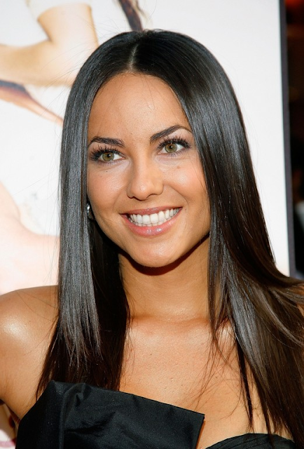 Side-part your sleek straight hairstyle