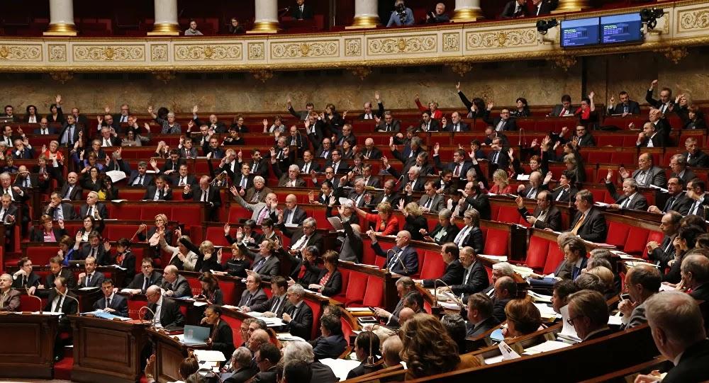 Remous au sein de la majorité présidentielle : «la France est dirigée par des enfants...!»