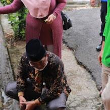 Bersama Kadis LH, Bupati Cek Salura Air Jalan Sriwijaya