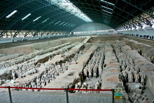Mausoleo de Qin Shi Huang y guerreros de terracota de Xian (China)