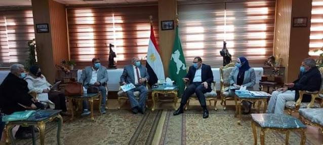 محافظ الشرقية يستقبل رئيس الشركة المصرية للصيانة الذاتية للطرق والمطارات