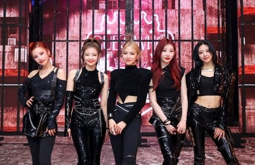 Knetz shares their thought about ITZY's visual and style for the comeback showcase!