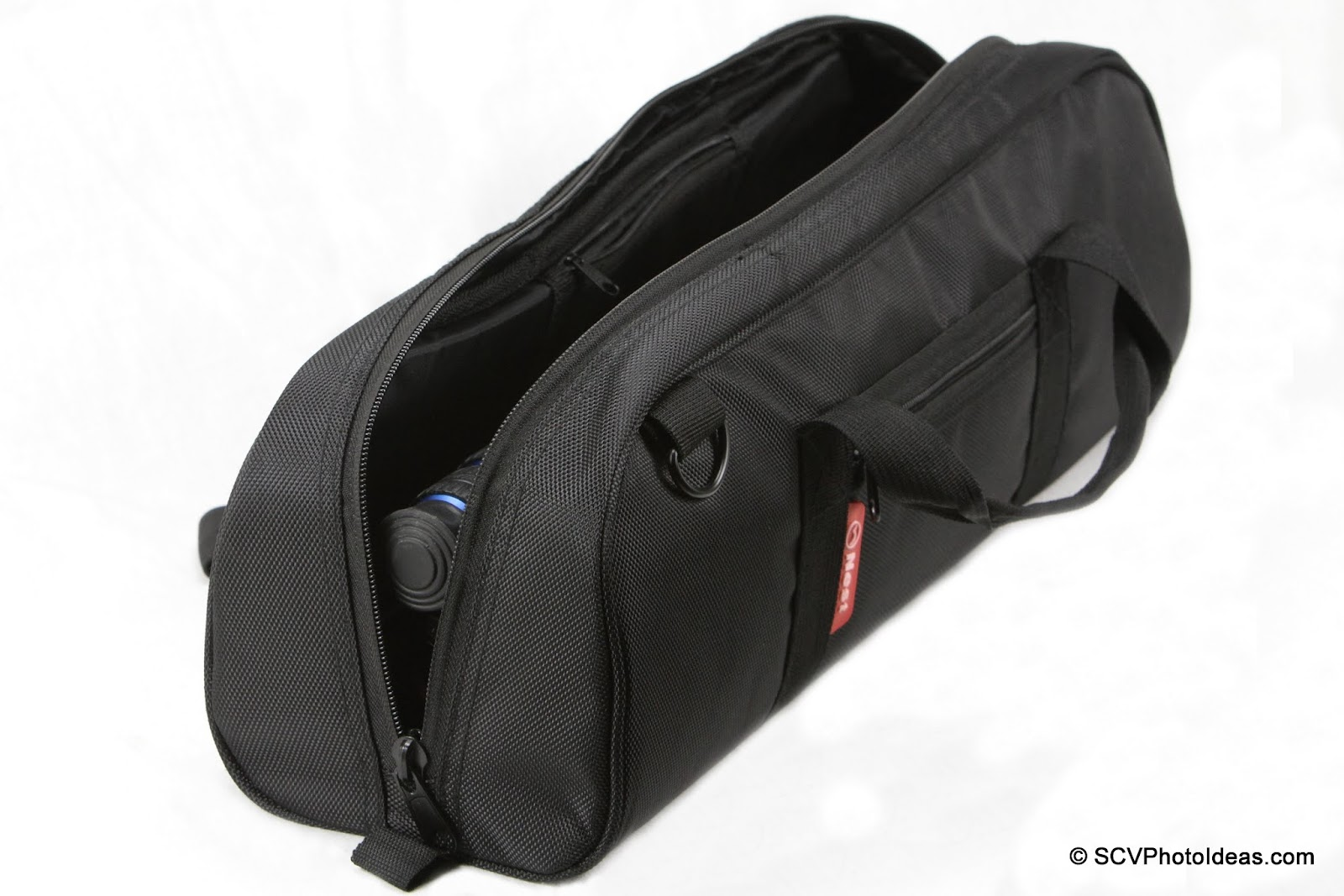 Nest NT-6294CT w/ Sunwayfoto DB-36DDH folded inside carrying bag