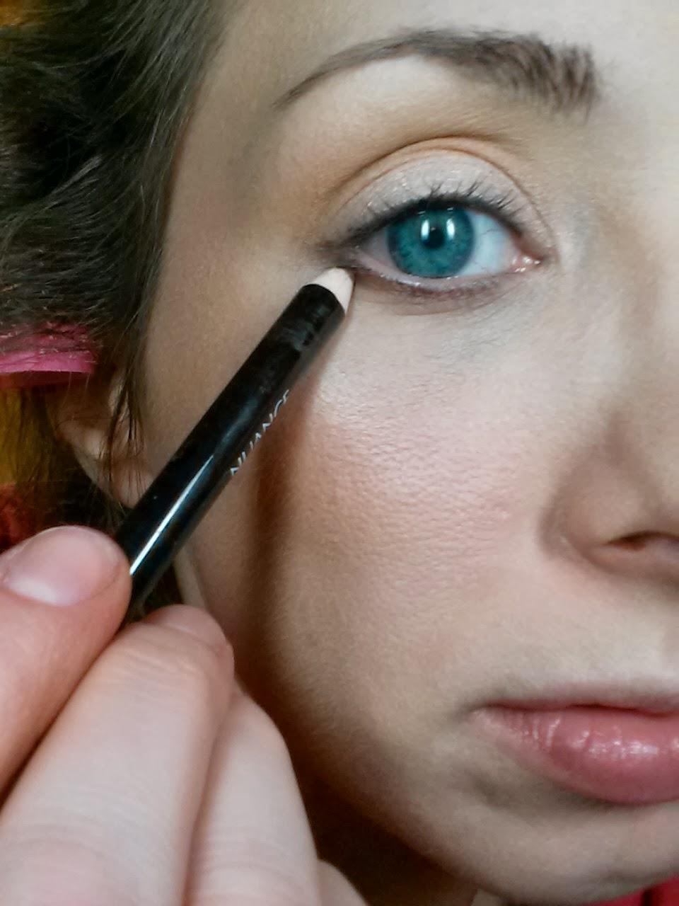 Under Eye Makeup Brush: Makeup Matters: Casual Weekend Look