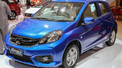 2016 Honda Brio Facelift blue side image 02