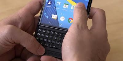 """Ponsel Terakhir BlackBerry Tetap Usung """"Keyboard"""" Fisik"""