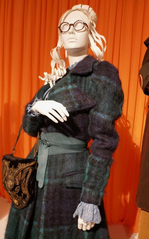 Adria Arjona Good Omens Anathema Device costume