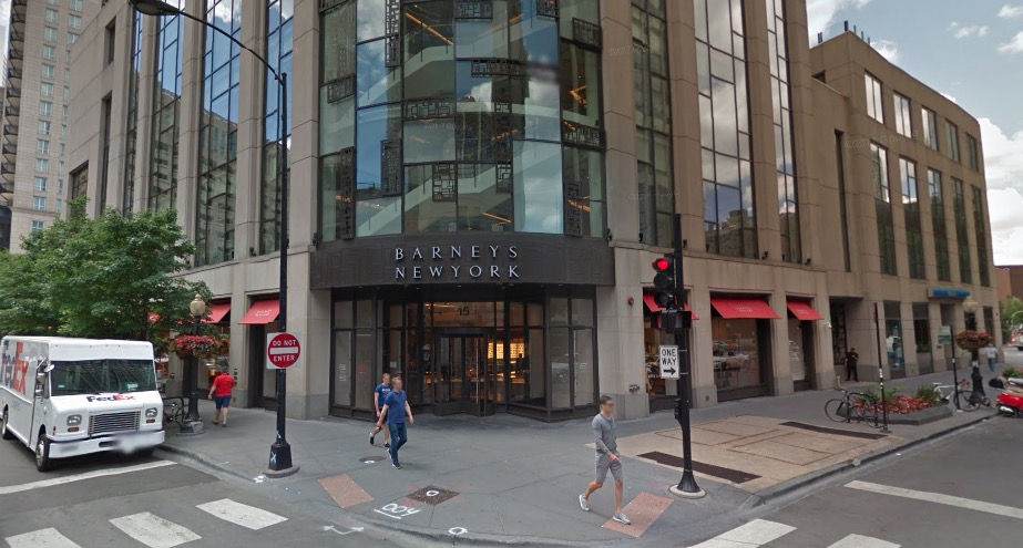 a3173d9ea3f Barney's Rubbled: Shoplifting Mob Grabs $25K Worth Of Purses From Oak  Street Boutique, Steals Nearby Lexus