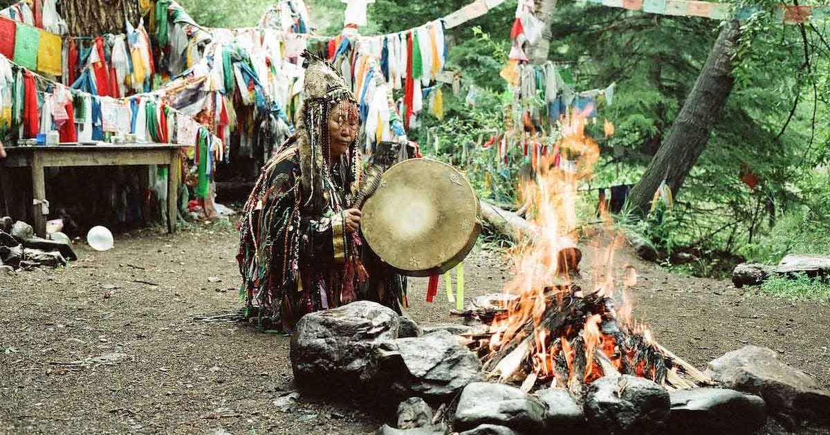 women in shamanism essay About the author dr larry g peters is an internationally acclaimed scholar and an initiated shaman result of lifetime's researches in the himalayas, trance is a meticulous study exploring the hidden terrains of tamang and tibetan shamanism an exquisite fusion of creative writing and anthropological research, the book evaluates the relevance of shamanic practices in a modern-day nepal.