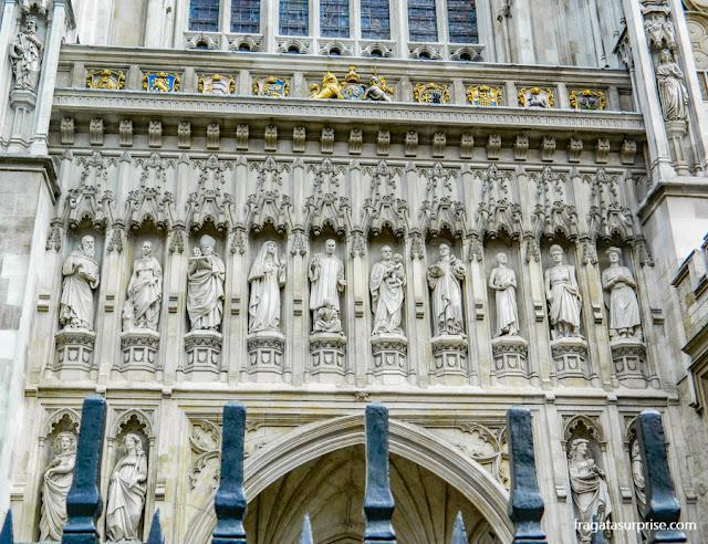 Detalhe da fachada da Abadia de Westminster - Londres