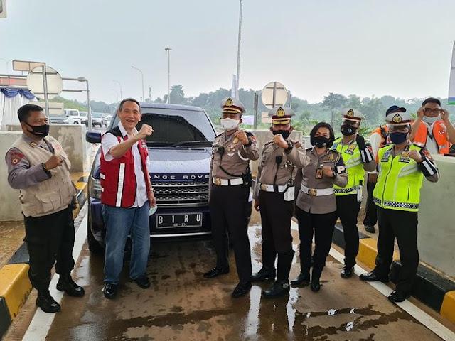 Intip Koleksi Mobil Mewah Bos Jalan Tol Jusuf Hamka, Nopolnya Cantik Bikin Ngakak