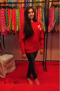 Bollywood Actress Sana Khan Launches Aakrithi Exibition  0251.JPG