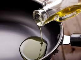 सस्ता हो गया खाने का तेल, सरसों तेल समेत गिरे सभी के दाम, आम आदमी के लिए राहत की खबर है