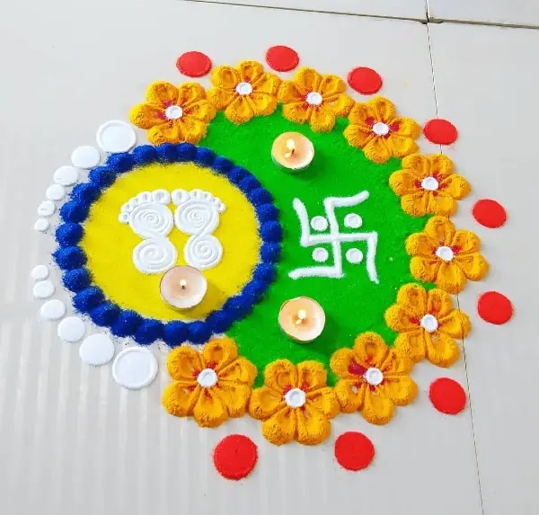 Yellow_flowers_with_white_foot_rangoli_design