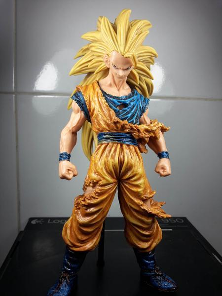 Jual Action Figure SCultures Dragon Ball Z - Goku SS3