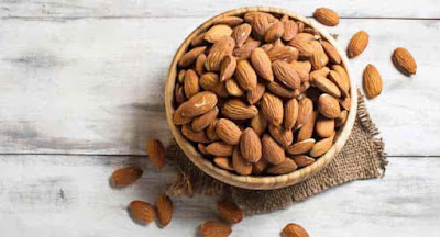 Eating Almonds during pregnancy - Benefits and side effects