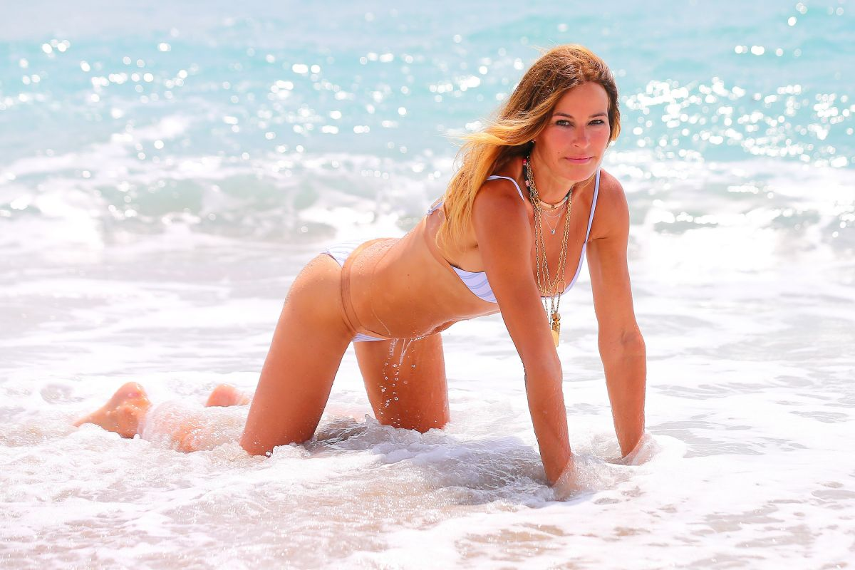 Beach kelly stables Kelly Stables