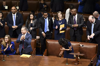 New US Congress convenes with Democrats controlling House