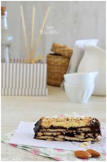 Tarta de la abuela: Tarta de galletas con chocolate (sin horno y sin huevo) con 3 ingredientes