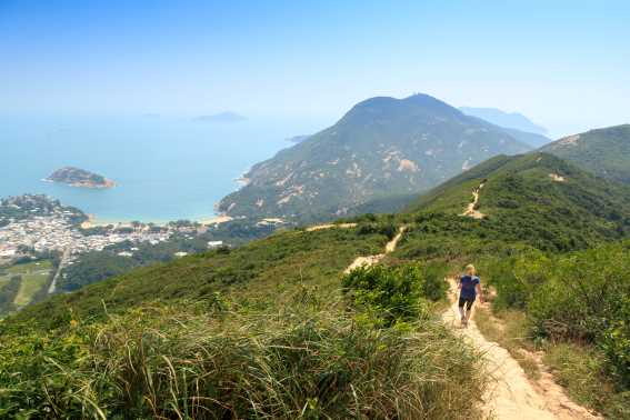 Hiking di Dragon's Back, Hong Kong Trail