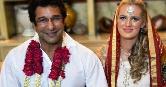 Wasim Akram married Australian lady Shaniera Thompson ...   540 x 283 jpeg 36kB