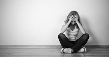 CURAS NATURAIS PARA DEPRESSÃO E DISTÚRBIOS DE ANSIEDADE; E TERAPIA COM VITAMINA B3
