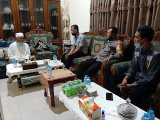 Kapolres Pangkep Lakukan Kunjungan Silaturahmi ke Kediaman Ketua MUI