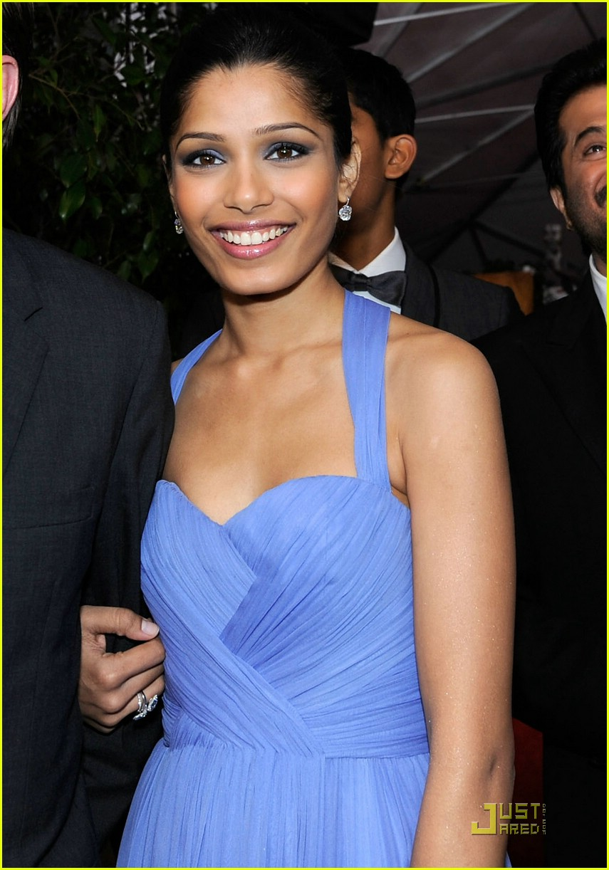 Cleavage Freida Pinto nudes (74 photo), Fappening