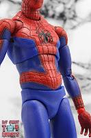 MAFEX Spider-Man (Peter B Parker) 20