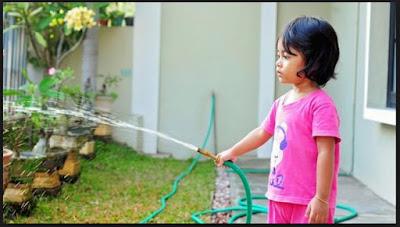 7 Manfaat Memberi Anak Tugas Untuk Melakukan Pekerjaan Rumah Tangga