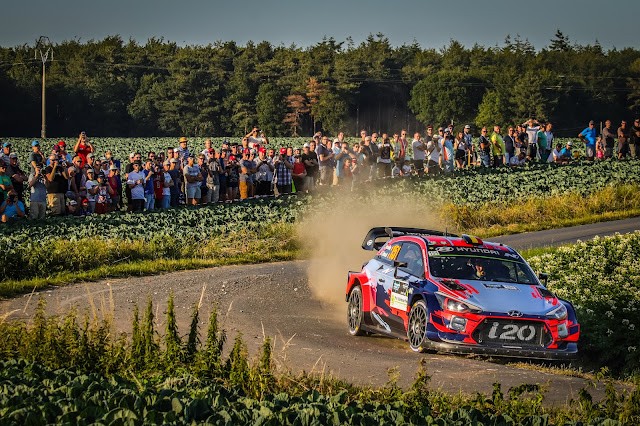 Thierry Neuville on the Ypres Rally in Hyundai WRC Car
