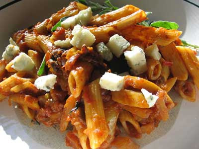 Penne with Fennel, Tomato Sauce and Blue Cheese