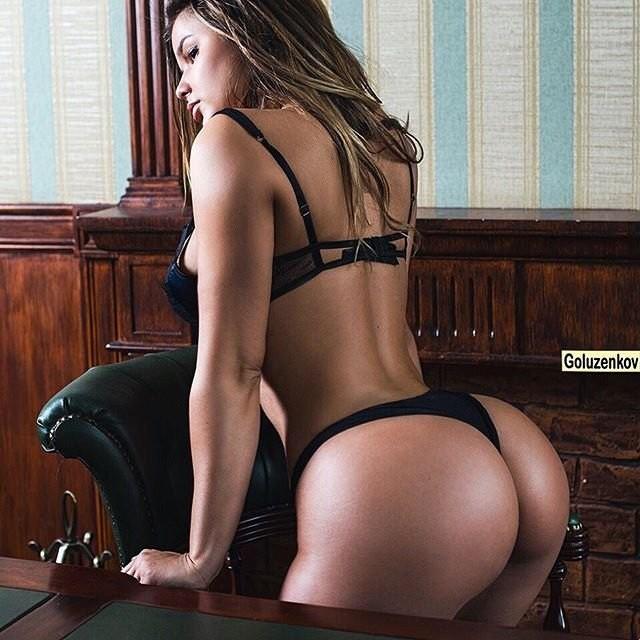 Hot girls Anastasia Kvitko sexy more than Kim Kardashian 4