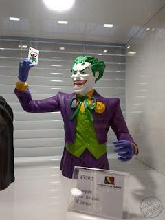 Toy Fair 2020 UK Monogram Bust Banks DC Comics The Joker