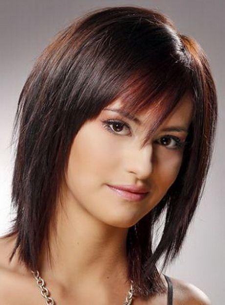 Layered Medium Shaggy Hairstyle